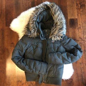 Hollister faux fur bomber jacket sz M